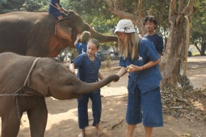 Kate & Phoebe w elephant